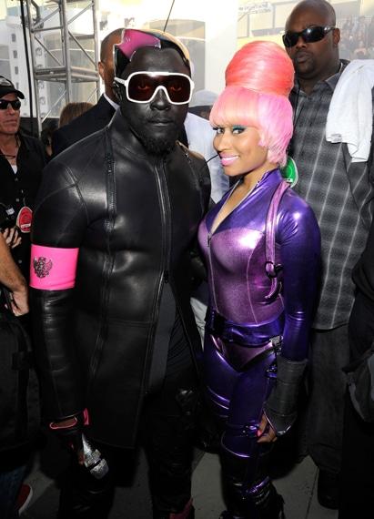Nicki Minaj VMA 2010 Hairstyle « Previous Photo Next Photo »