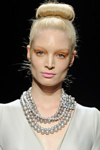 Ballerina Bun Hairstyle Fall 2011 for Donna Karan