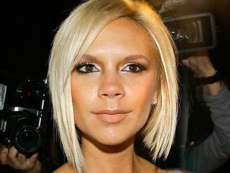 Victoria Beckham Blond Hairstyle