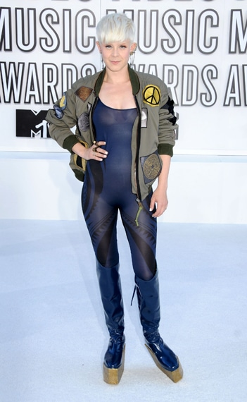Robyn VMA 2010 Hairstyle