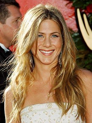 Jennifer Aniston Signature Hairstyle